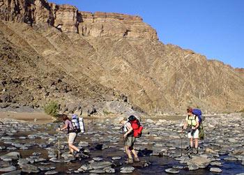 hiking-fish-river
